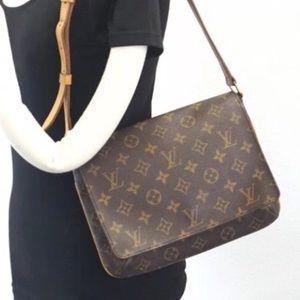 Musette Tango Louis Vuitton